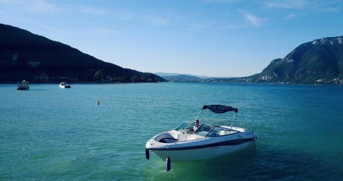Location bateau Four Winns Horizon 230 à Annecy sur Samboat