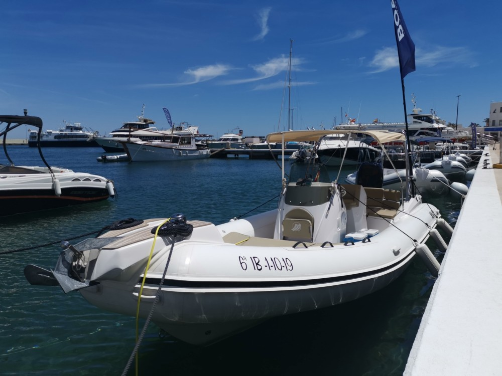 Alquiler de barcos Black Fin Blackfin 8 Elegance enLa Savina en Samboat