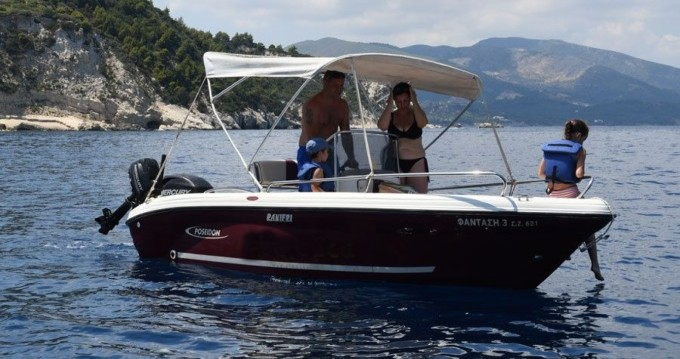 Louez un Poseidon Poseidon 5 M à Zakynthos (Île)