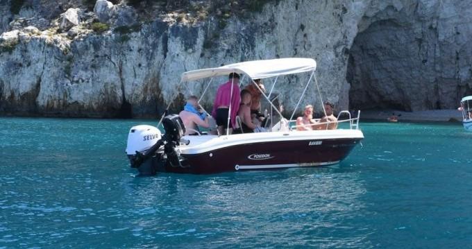 Poseidon ranieri Soverato 5.40 entre particuliers et professionnel à Zakynthos (Île)