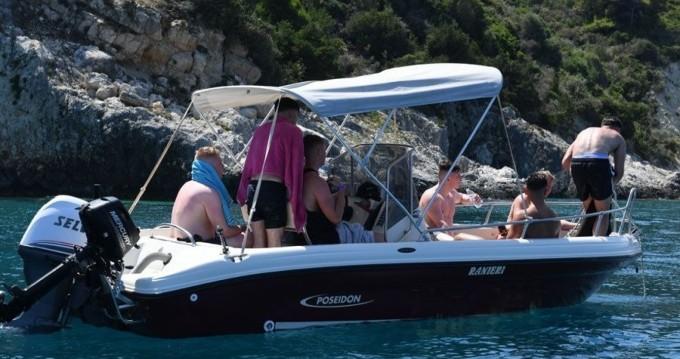 Louez un Poseidon ranieri Soverato 5.40 à Zakynthos (Île)