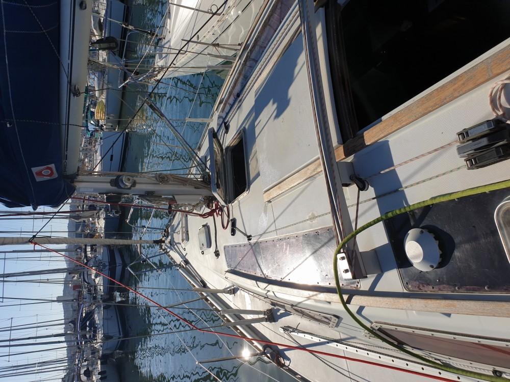Boat rental Saint-Mandrier-sur-Mer cheap Voyage 11.20