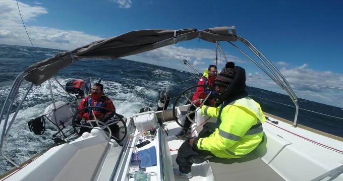 Location bateau Jeanneau Sun Odyssey 389 à La Rochelle sur Samboat