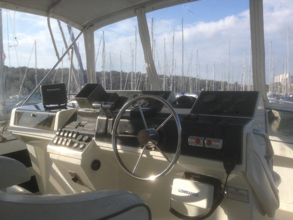 Alquiler de barcos Carver 350aft cabin enPula en Samboat