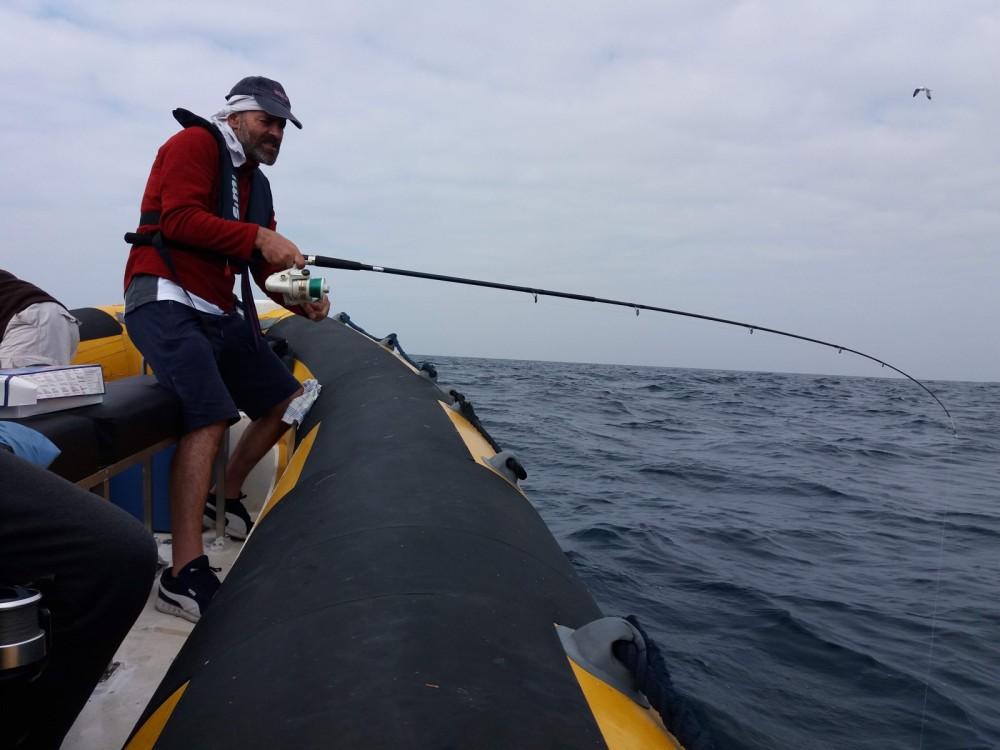 Louer Semi-rigide avec ou sans skipper Bwa à Centre