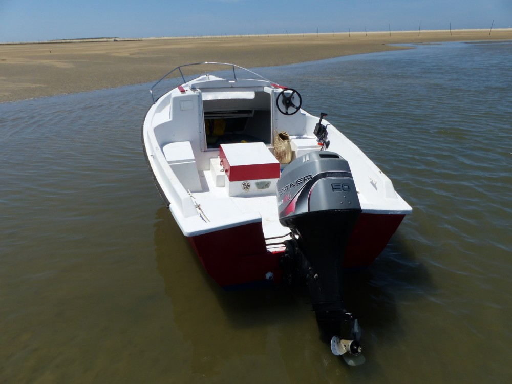 Boat rental Sir 580 in Lège-Cap-Ferret on Samboat