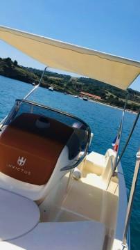 Noleggio Barca a motore Invictus  con un permesso di