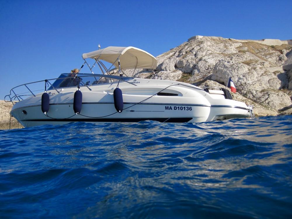 Louer Bateau à moteur avec ou sans skipper Cranchi à Marseille
