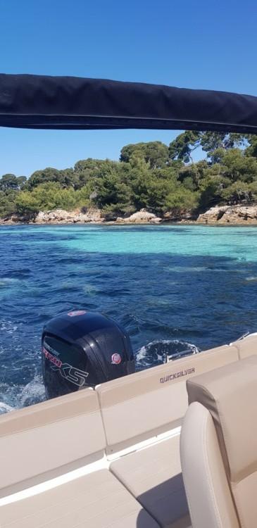 Location bateau Mandelieu-la-Napoule pas cher Activ 555 Open