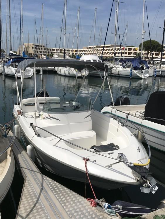 B2 Marine Cap Ferret 650 Open Sun Deck entre particuliers et professionnel à Le Grau-du-Roi