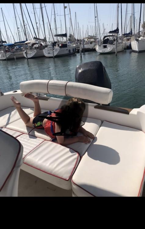 Location bateau B2 Marine Cap Ferret 650 Open Sun Deck à Le Grau-du-Roi sur Samboat