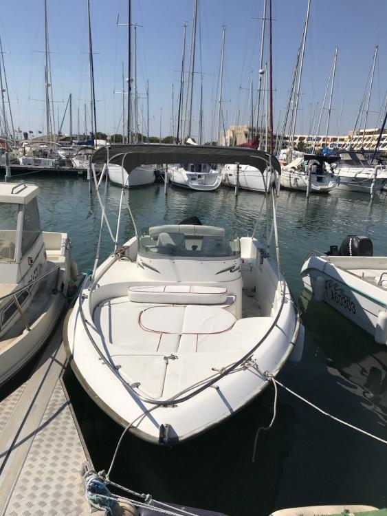 Location Bateau à moteur à Le Grau-du-Roi - B2 Marine Cap Ferret 650 Open Sun Deck