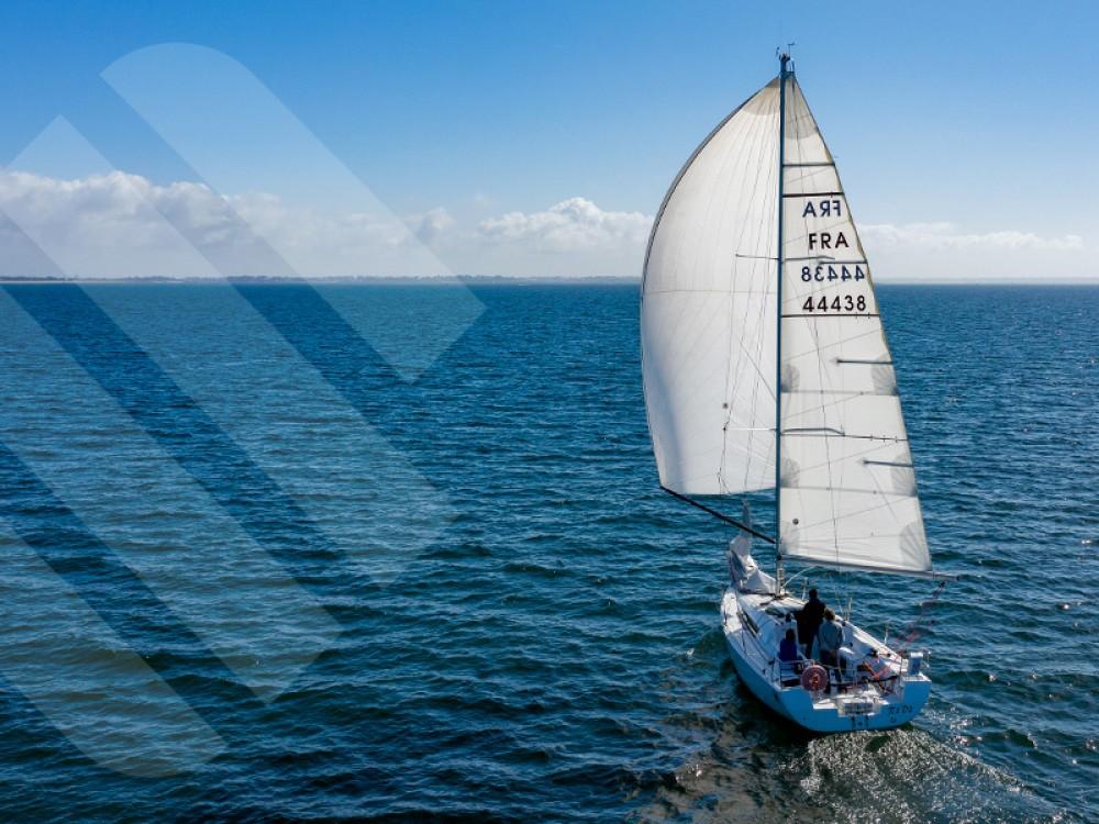 Jeanneau Sun Fast 3200 between personal and professional Port de la Trinité sur Mer