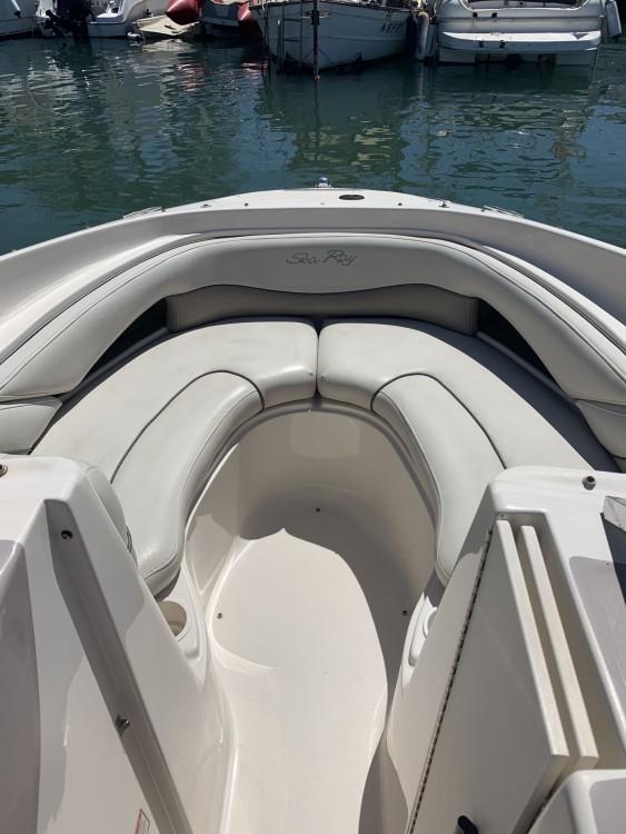 Location Bateau à moteur à Marbella - Sea Ray Sea Ray Select 200