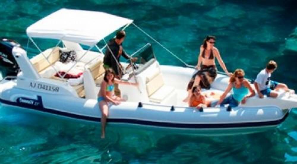 Louer Semi-rigide avec ou sans skipper Marlin Boat à Appietto