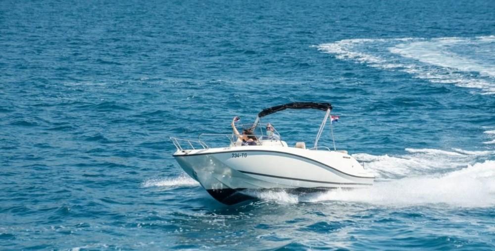 Verhuur Motorboot in Trogir - Quicksilver Activ 675 Open