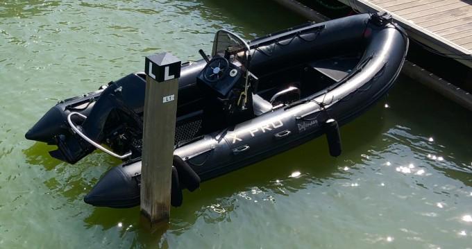Louer Semi-rigide avec ou sans skipper 3D Tender à La Londe-les-Maures