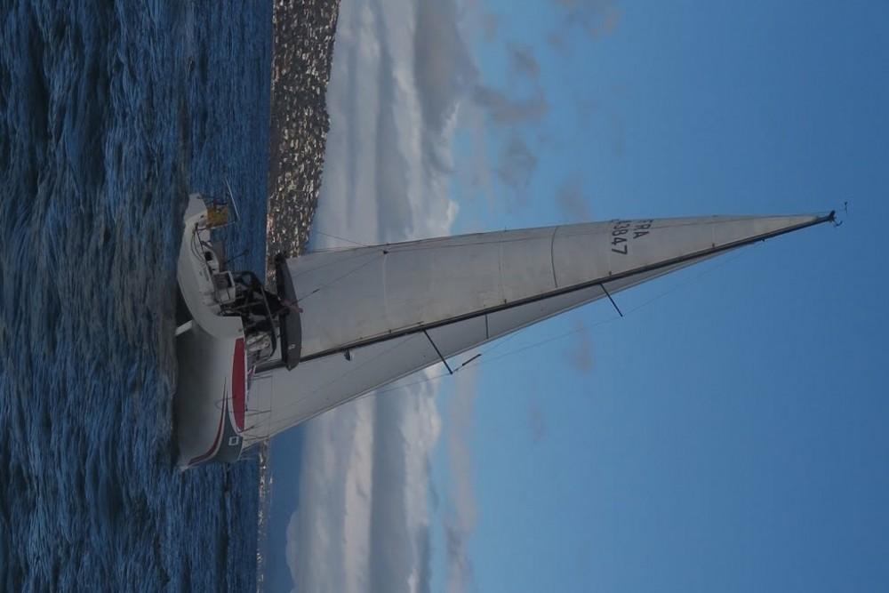 Barca a vela a noleggio Saint-Mandrier-sur-Mer al miglior prezzo