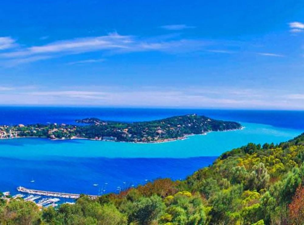 Bénéteau Oceanis 48 entre particuliers et professionnel à Nice