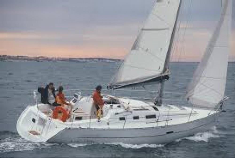 Noleggio barche Bénéteau Oceanis Otranto su Samboat