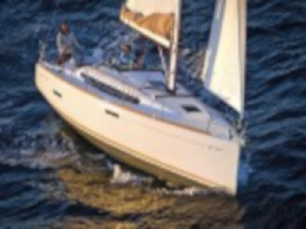 Huur een Jeanneau Sun Odyssey 379 in Paraty