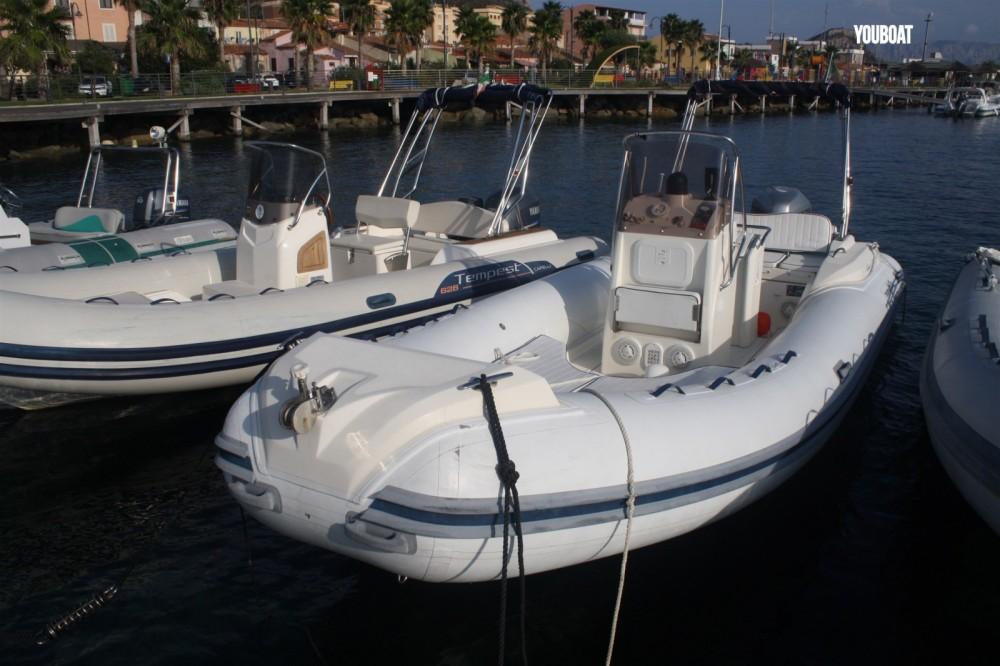 Location bateau La Grande-Motte pas cher King 650