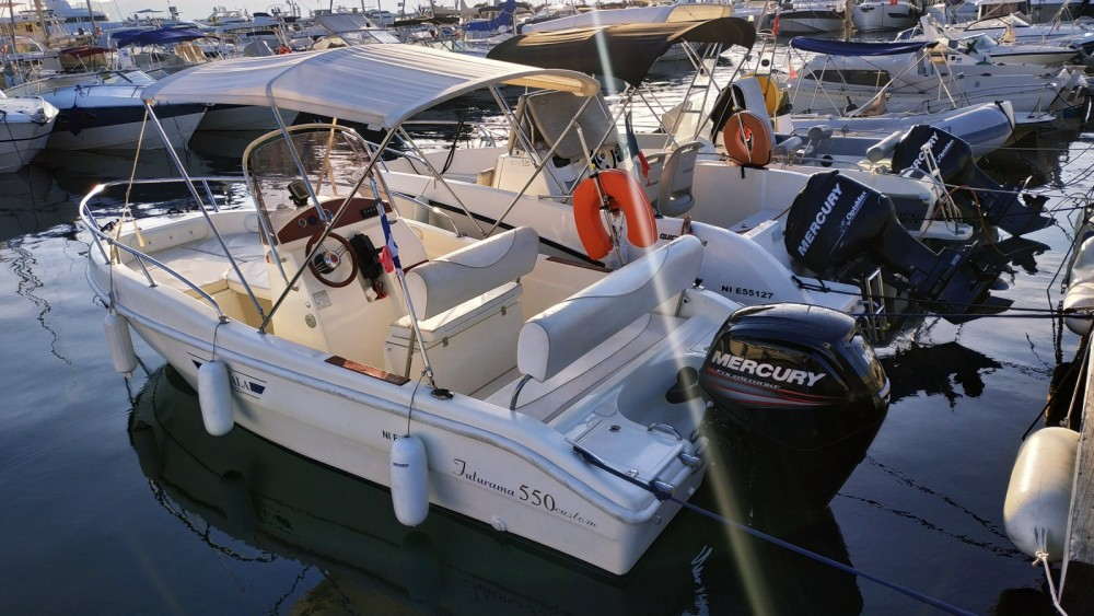 Location bateau Blu&blu RASCALA FUTURAMA 550 à Antibes sur Samboat