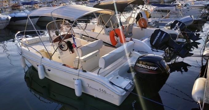 Location bateau Blu&blu RASCALA FUTURAMA 550 à Juan-les-Pins sur Samboat