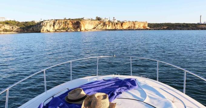Location bateau Monterey 250 à Setúbal sur Samboat