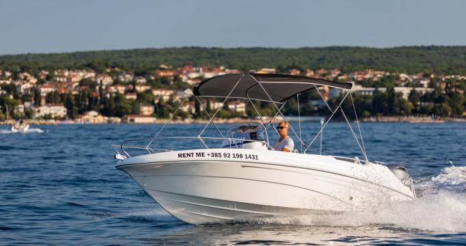 Location bateau AM Yacht Prince 570 Open à Malinska-Dubašnica sur Samboat