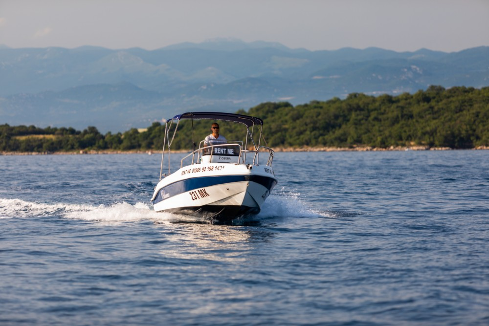 Hire Motor boat with or without skipper Blumax Malinska