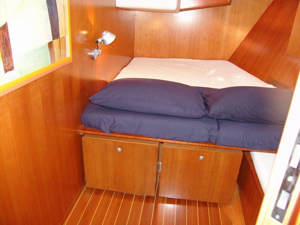 Huur Zeilboot met of zonder schipper Comar in Villa Igea