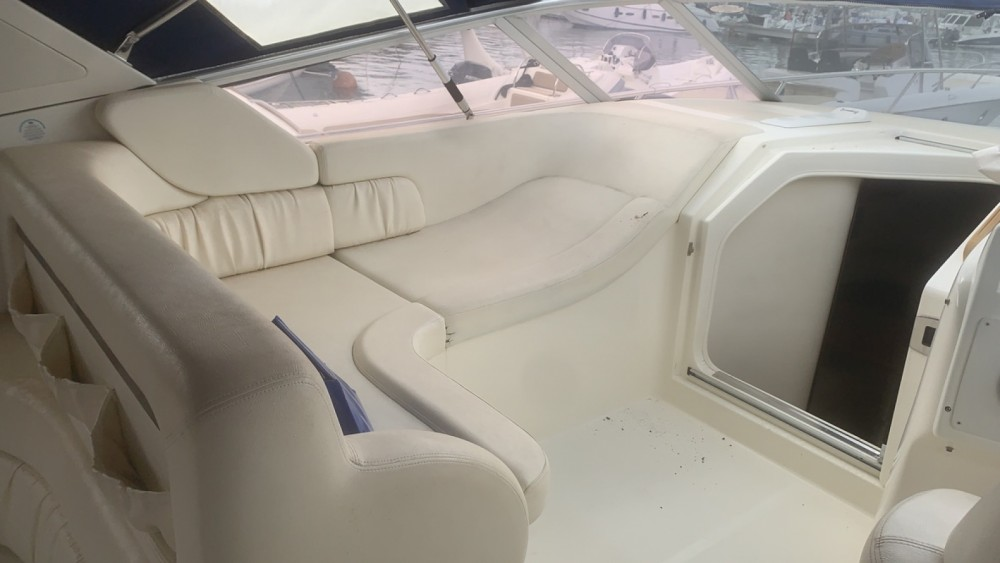 Rental yacht Porto-Vecchio - Cranchi Smeraldo 37 on SamBoat