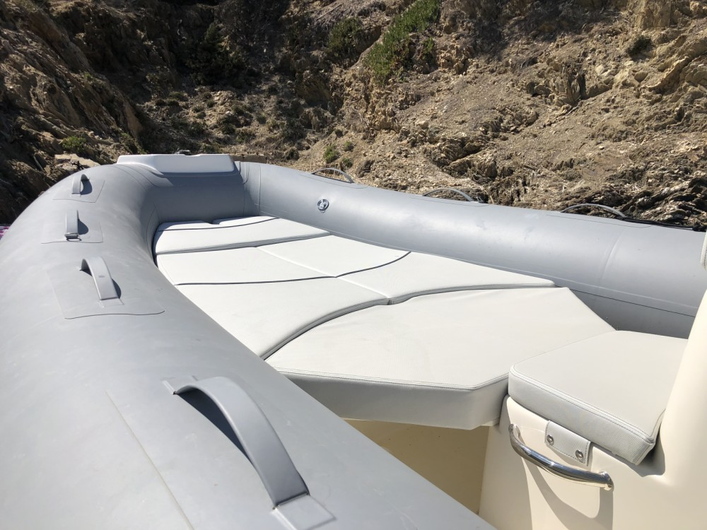 Location bateau Bwa Sport 22 GT à Le Lavandou sur Samboat