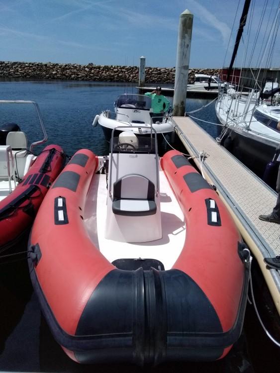 Verhuur Rubberboot Adrieti met vaarbewijs
