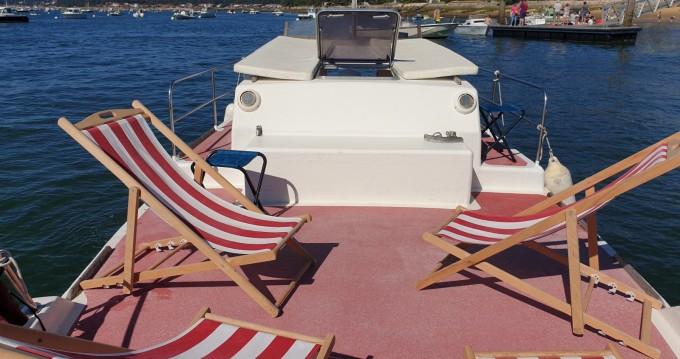 Location bateau Lacaze 8,6m à Lège-Cap-Ferret sur Samboat