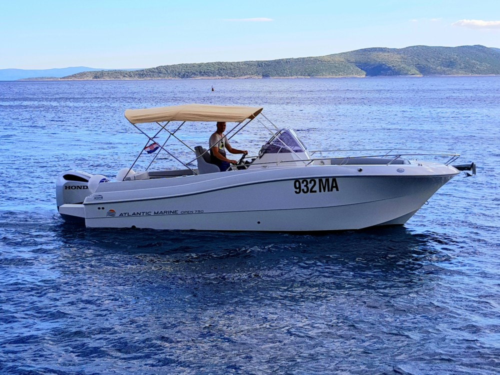 Hire Motor boat with or without skipper Atlantic Brela