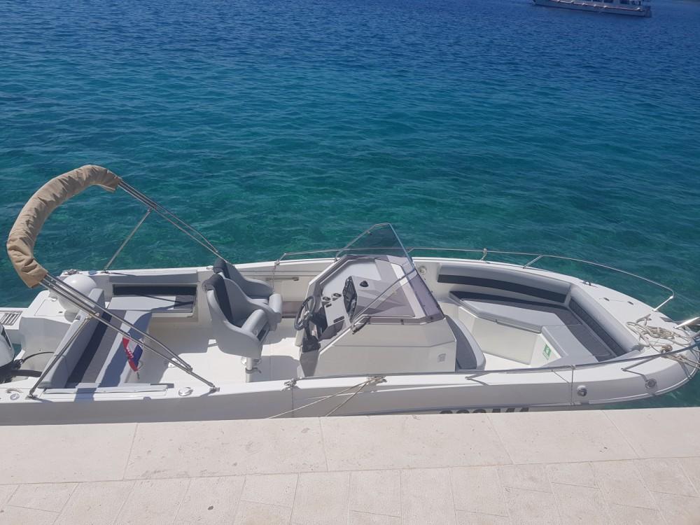 Boat rental Atlantic marine 750 in Brela on Samboat