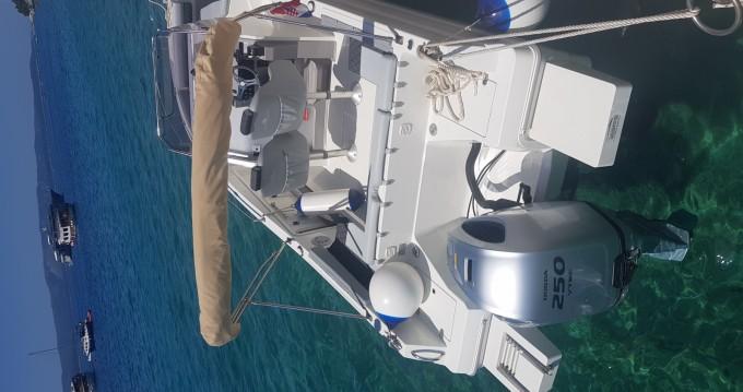 Louer Bateau à moteur avec ou sans skipper Atlantic à Brela