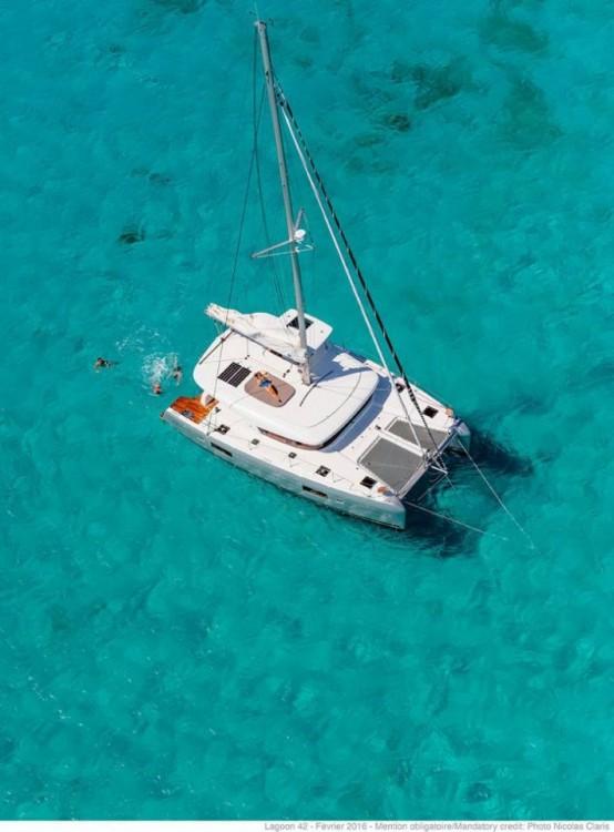 Jachthuur in Balearic Islands - Lagoon Lagoon 42 - 4 + 2 cab. via SamBoat