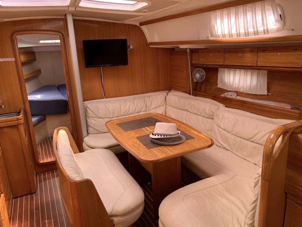 Bavaria Bavaria 39 Cruiser te huur van particulier of professional in Athene