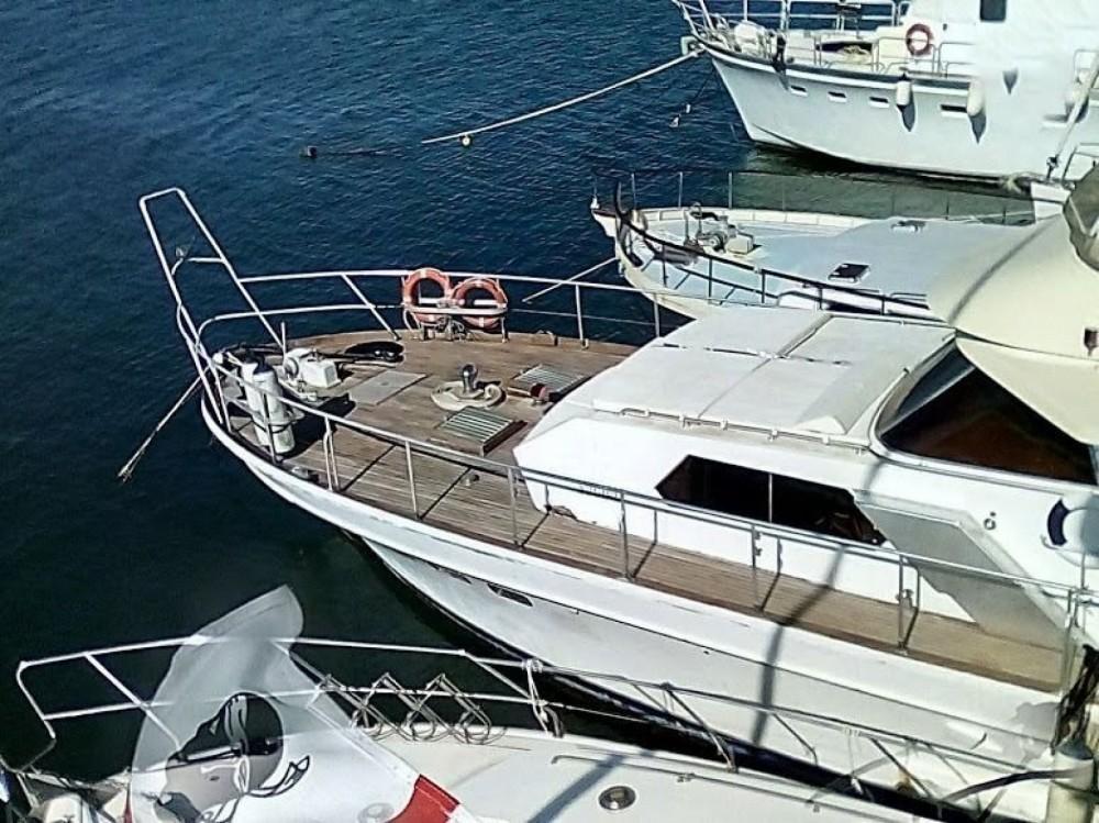 Yacht à louer à Sant'Antioco au meilleur prix