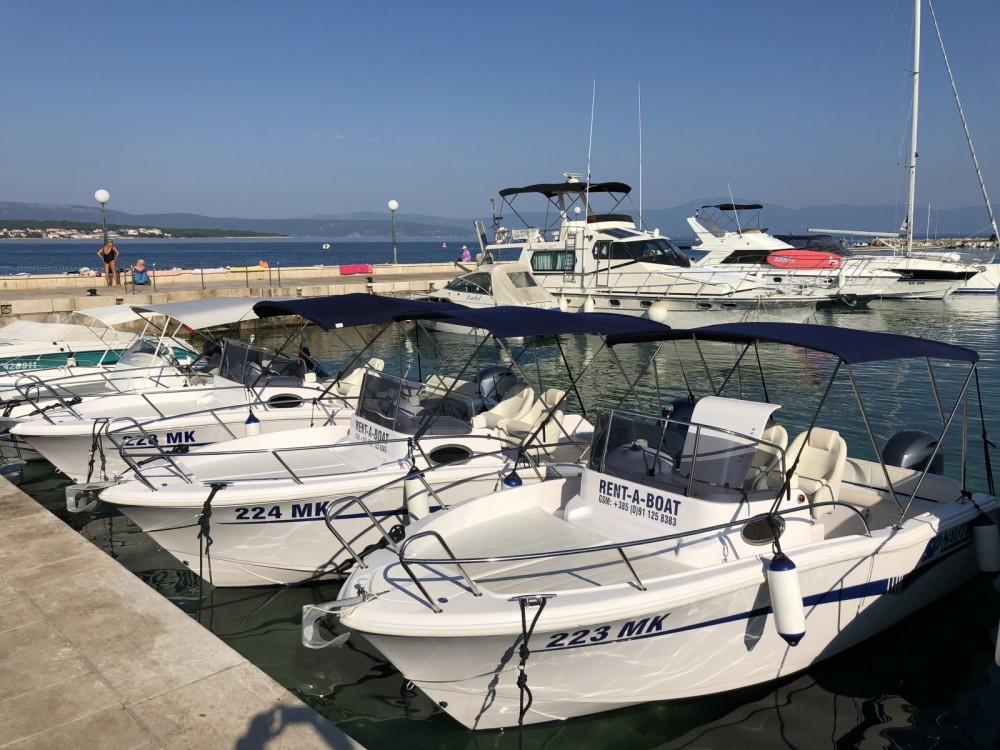 Bootverhuur Kroatië goedkoop Elan 600 Cabine