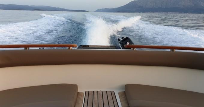 Location bateau Jeanneau Prestige 46 Fly à Split sur Samboat