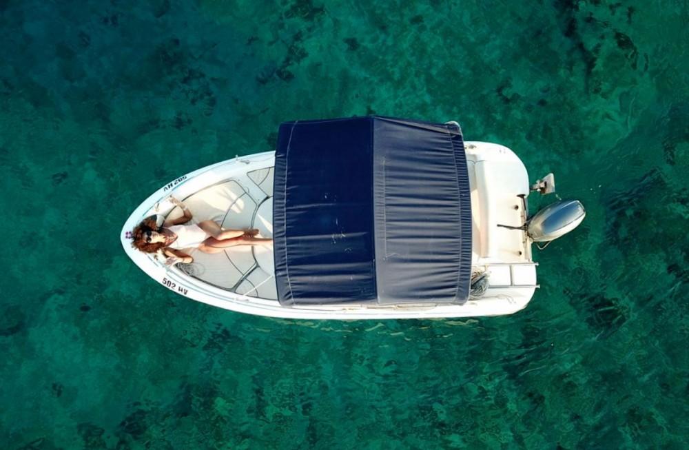 Verhuur Motorboot Fisher Key  met vaarbewijs