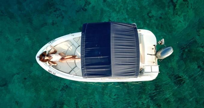 Location bateau Hvar pas cher Fisher Key