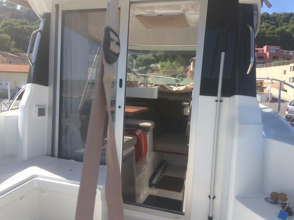 Motorboot te huur in Saint-Mandrier-sur-Mer voor de beste prijs