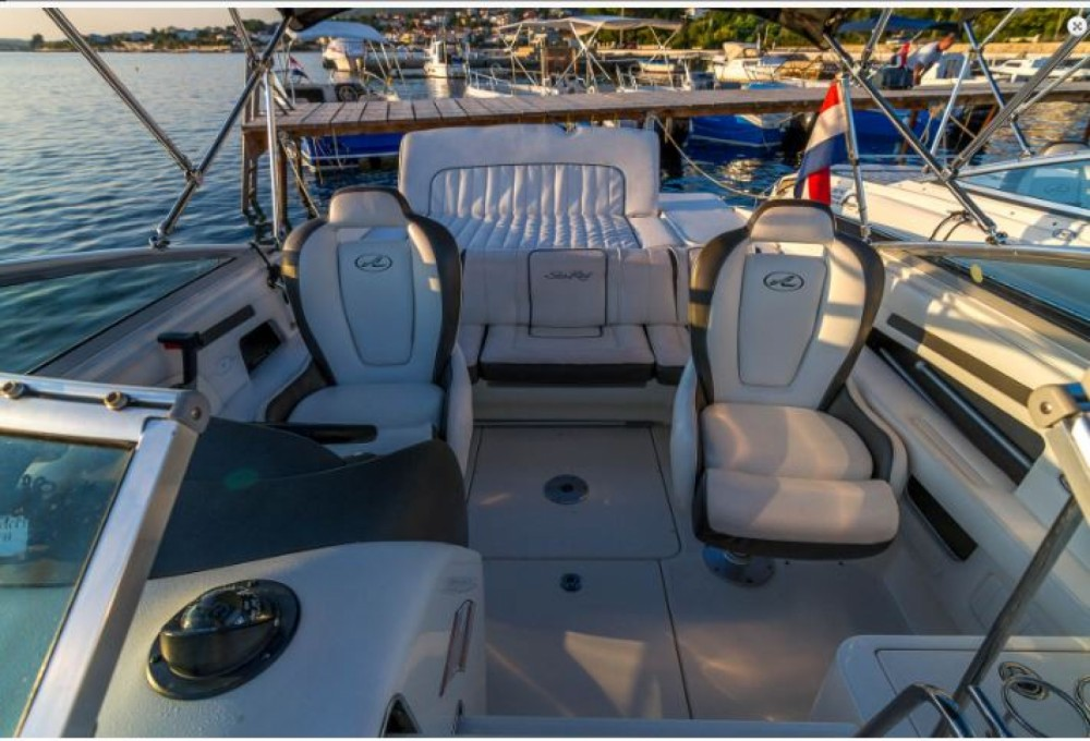 Sea Ray 240 Sun Sport te huur van particulier of professional in Barbat na Rabu