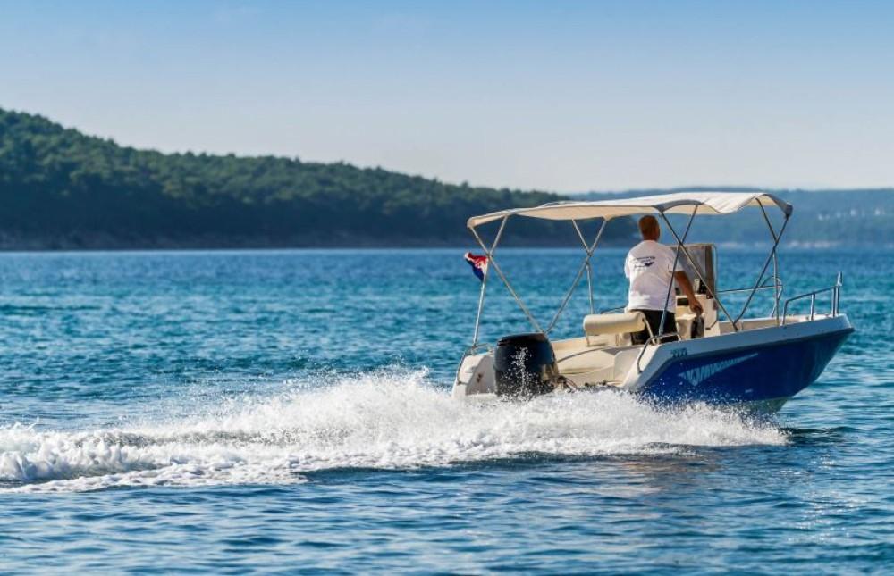 Louer Bateau à moteur avec ou sans skipper Harmony à Barbat na Rabu