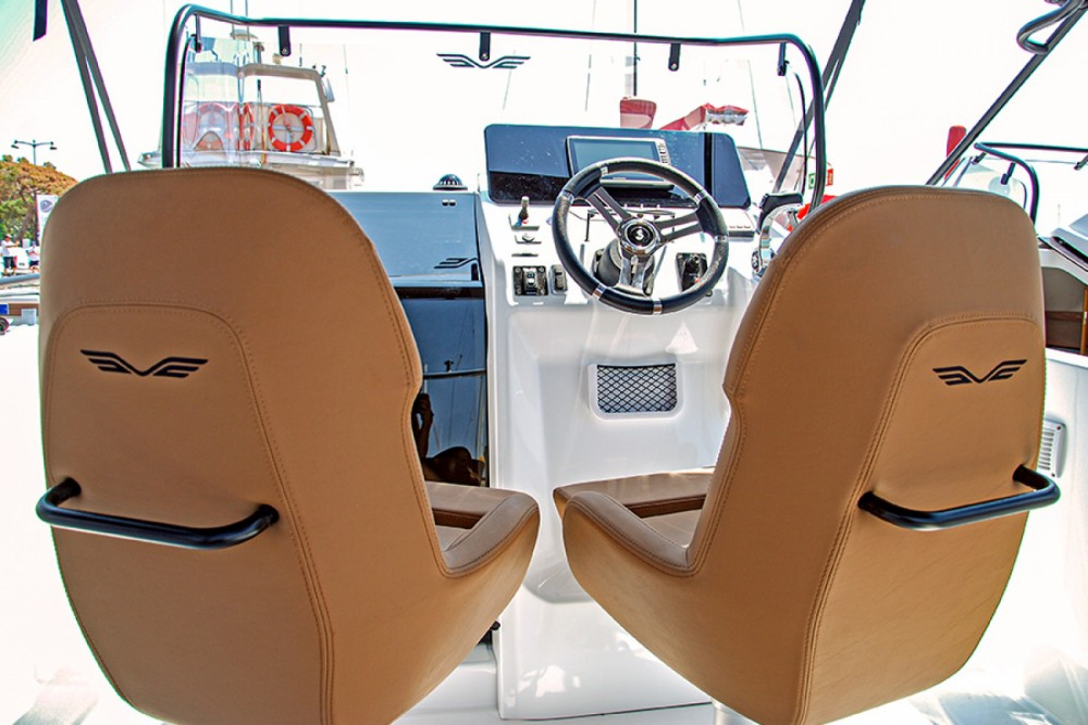 Boat rental Cambrils cheap Flyer 8 SPACEdeck